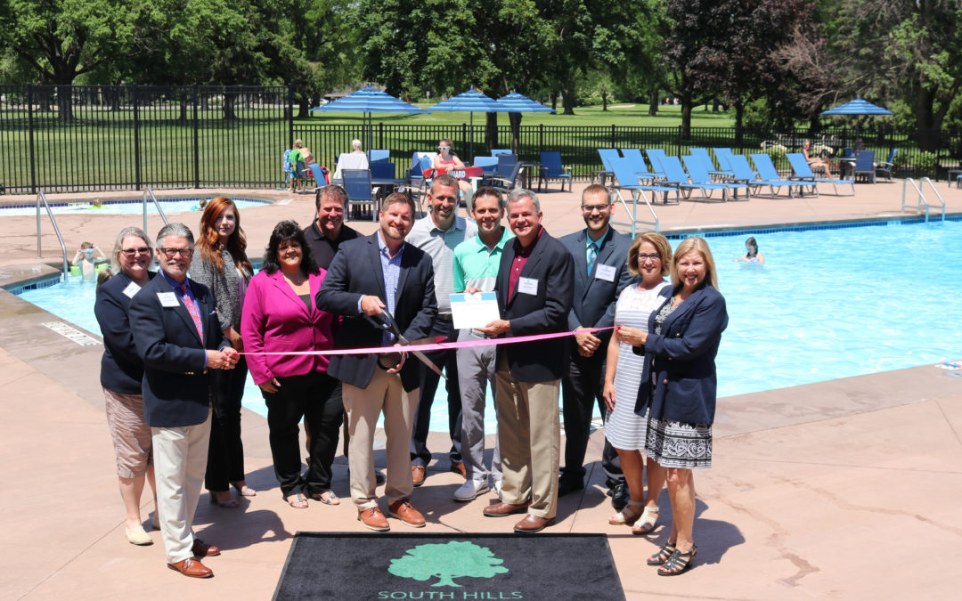 Ribbon cutting officially welcomes South Hills Golf and Country Club's newest addition and remodel